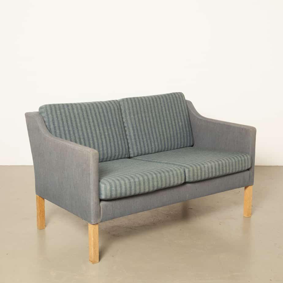 Børge Mogensen 2322 인용 소파 모델 60 Fredericia Stolefabrik 덴마크 긴 의자 소파 리버시블 쿠션 짠 울 블루 퍼플 스트라이프 심플 우아함 빈티지 레트로 1960 년대 XNUMX 년대 XNUMX 년대