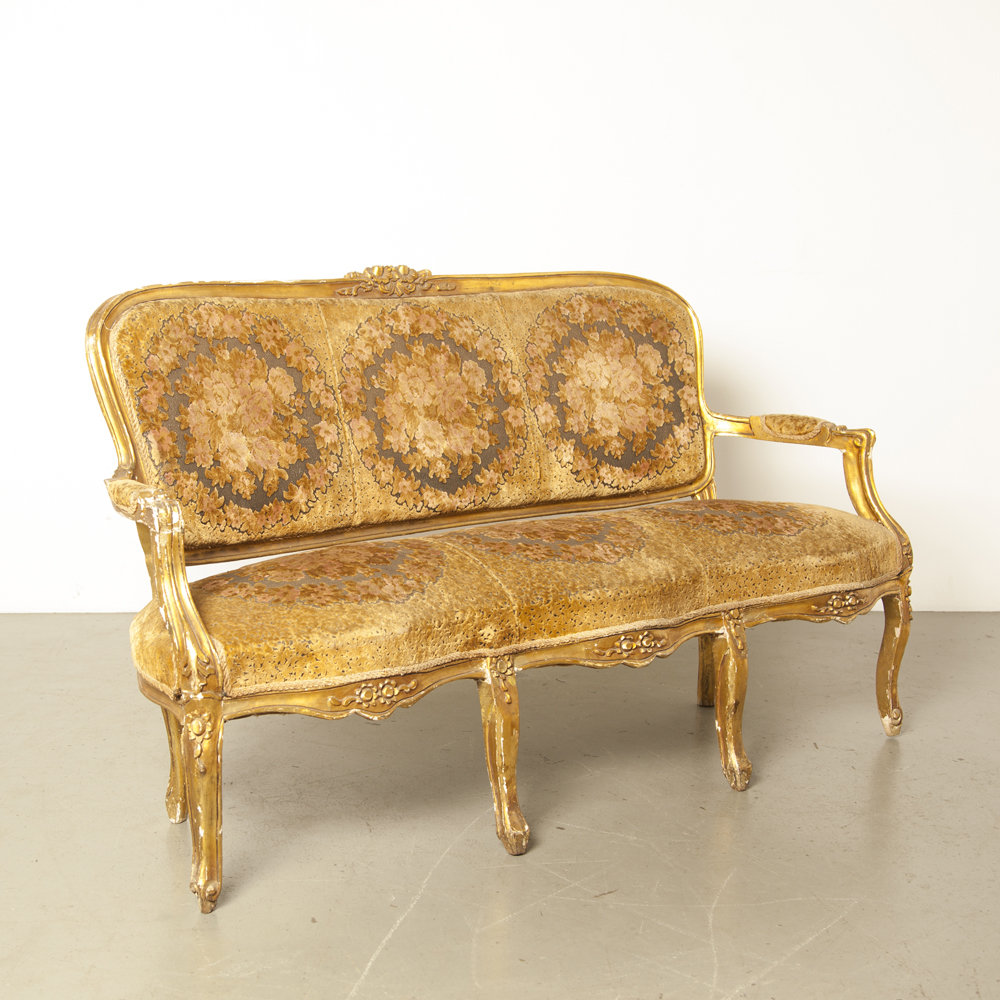 French Sofa lost glory gold mohair velvet d'utrecht flower motif glorious grandeur art kitsch antique baroque rococo curls ornament couch vintage retro timeless secondhand design
