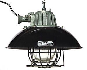 lámpara industrial de hierro fundido