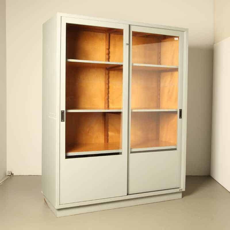 vitrine de laboratório, gabinete de médicos, armário de farmacêutico