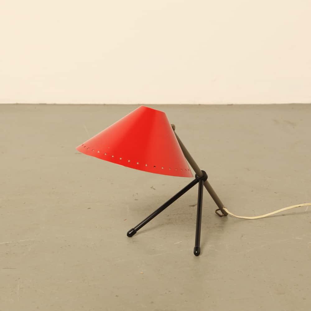 Pinokkio pinocchio desk light H Busquet Hala Zeist