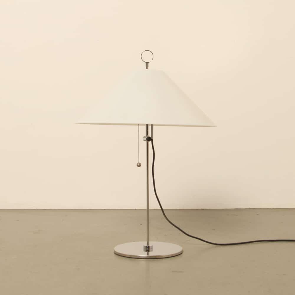 Lampe de table Martinelli années 1970 modèle 743