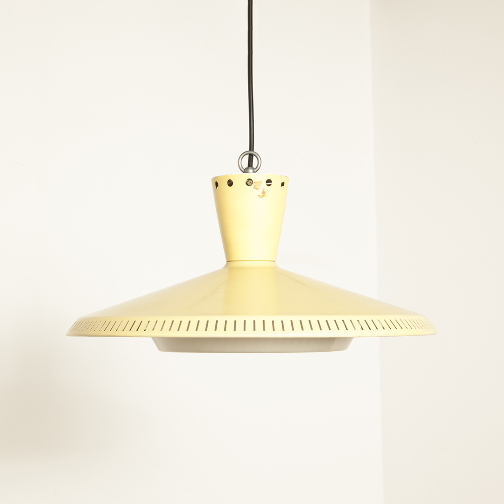 Yellow NB92 NB93 ceiling hanging lamp Louis Kalff Philips enameled powder-coated plastic diffuser light E27 50s 1950s fifties vintage retro Dutch Design classic soft