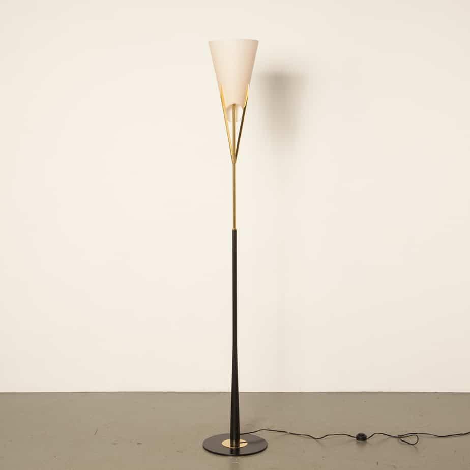落地灯立灯Fabbian Italy Murano玻璃圆锥形圆锥形独立式粉红色后现代黑色黄铜二手设计90年代1990年代27年代EXNUMX意大利现代