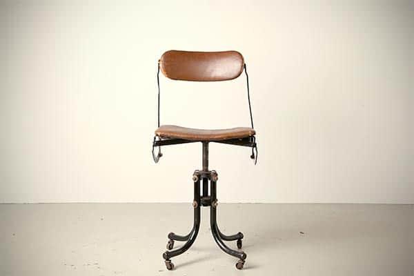 Tan Sad Ahrend Cirkel打字椅古董办公桌办公室1920年代英国doe meer做更多