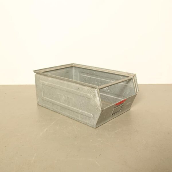 galvanized tray large