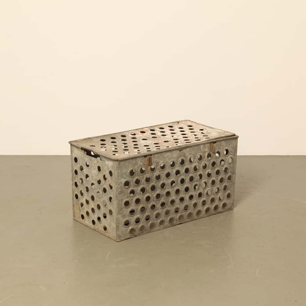 galvanized boxes with latch-able lids high