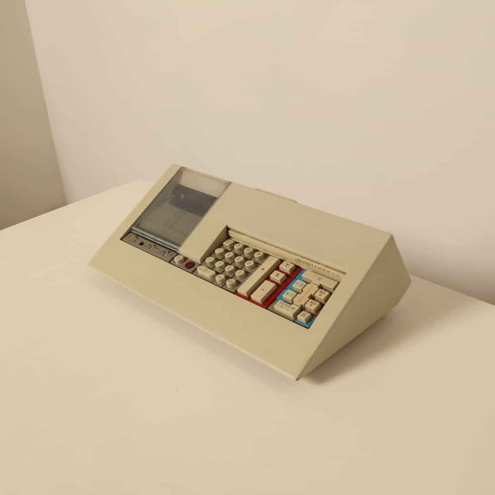 Olivetti LOGOS 58 Mario Bellini 1973 1970s calculator collectors item office equipment collectable early computer