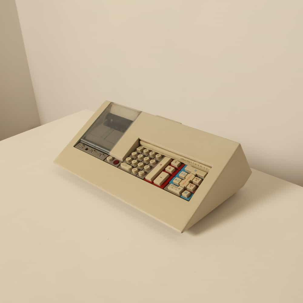 Olivetti LOGOS 58 Mario Bellini 1973 1970 calcolatrice collezionisti articoli per ufficio da collezione primi computer