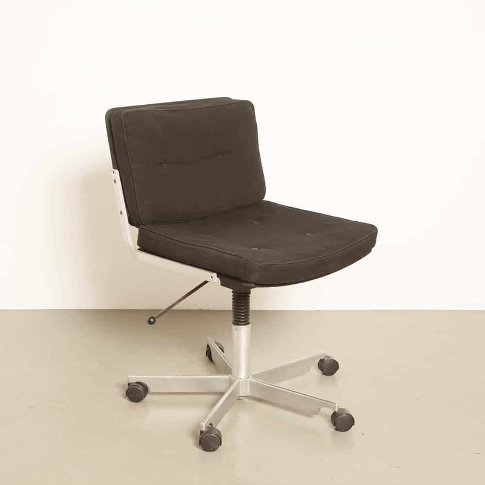 Kevi office chair Jørgen Rasmussen Denmark Engelbrechts black conference desk 70s 1970s seventies vintage retro