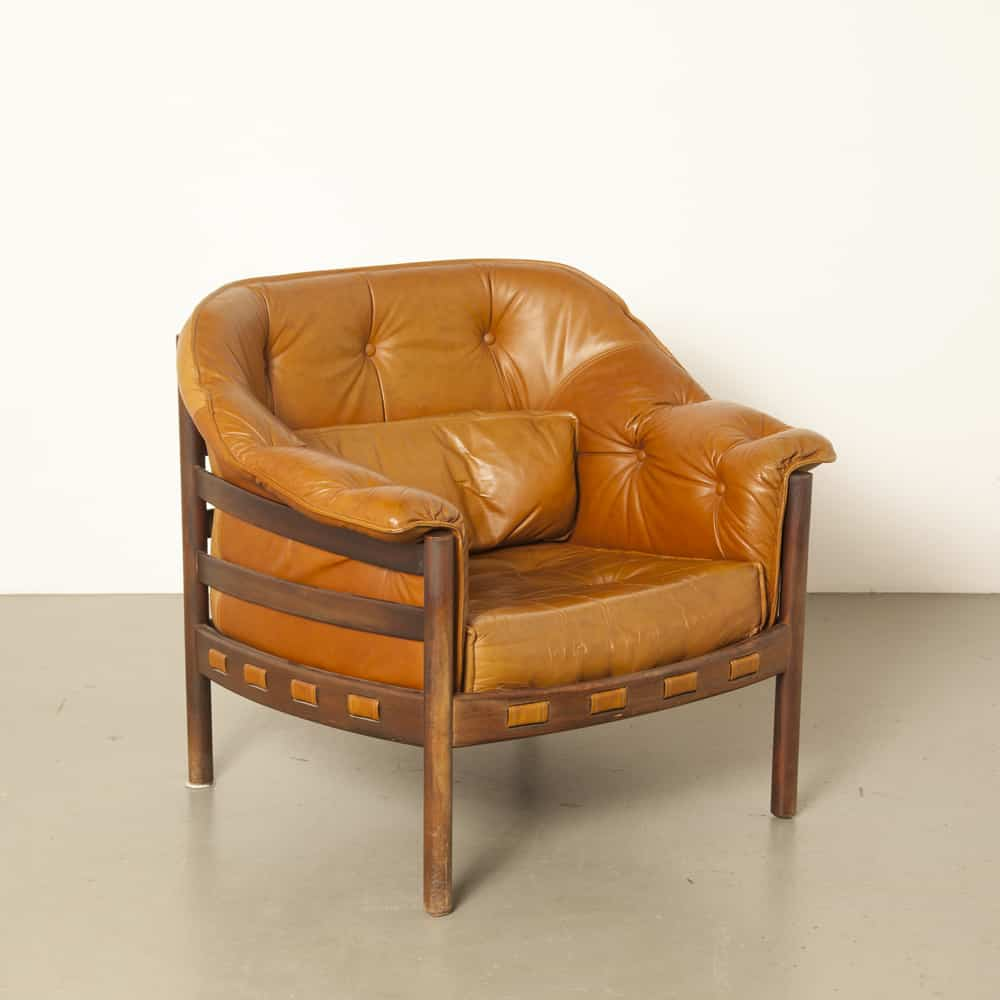 SF181211H-0-H-Sven-Ellekaer-armchair-Coja-light-brown-leather-Scandinavian-rosewood-new-webbing-60s-1960s-sixties-vintage-retro