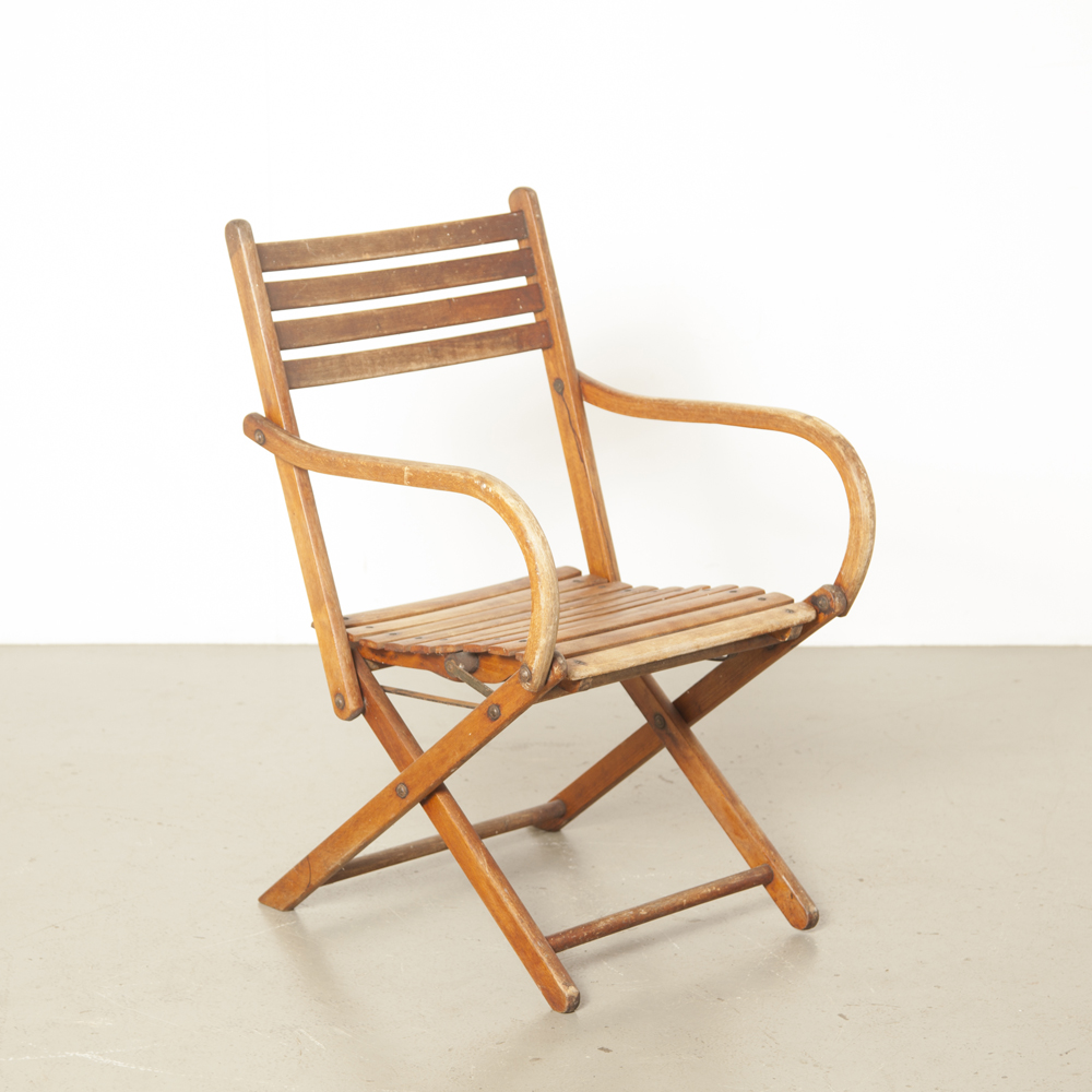 Bauhaus folding chair Naether 1930s German solid beech colorless lacquer hinged frame garden armchair vintage retro bent armrest 30s thirties metal fittings marked labeled
