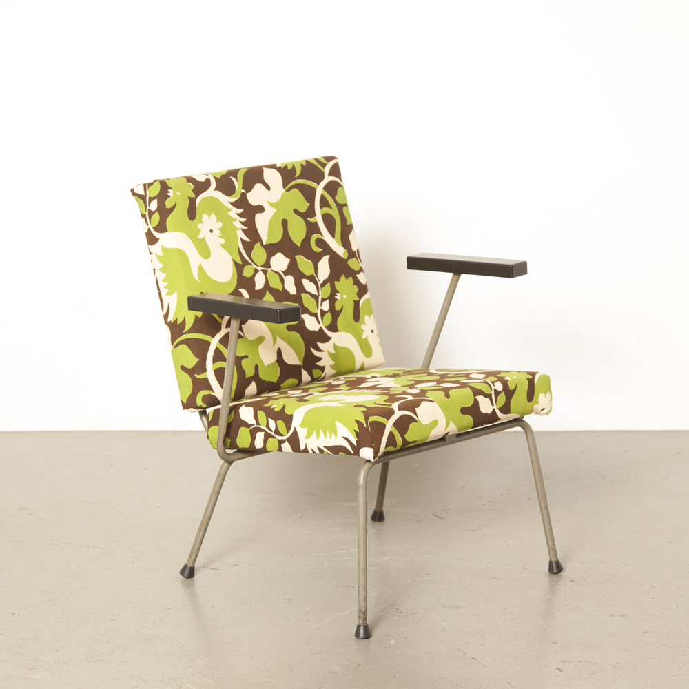 Gispen armchair model 1401 Wim Rietveld AR Cordemeyer new upholstery vintage cotton fabric green brown chair rod bar steel frame bakelite armrests retro 1950s fifties Dutch Design