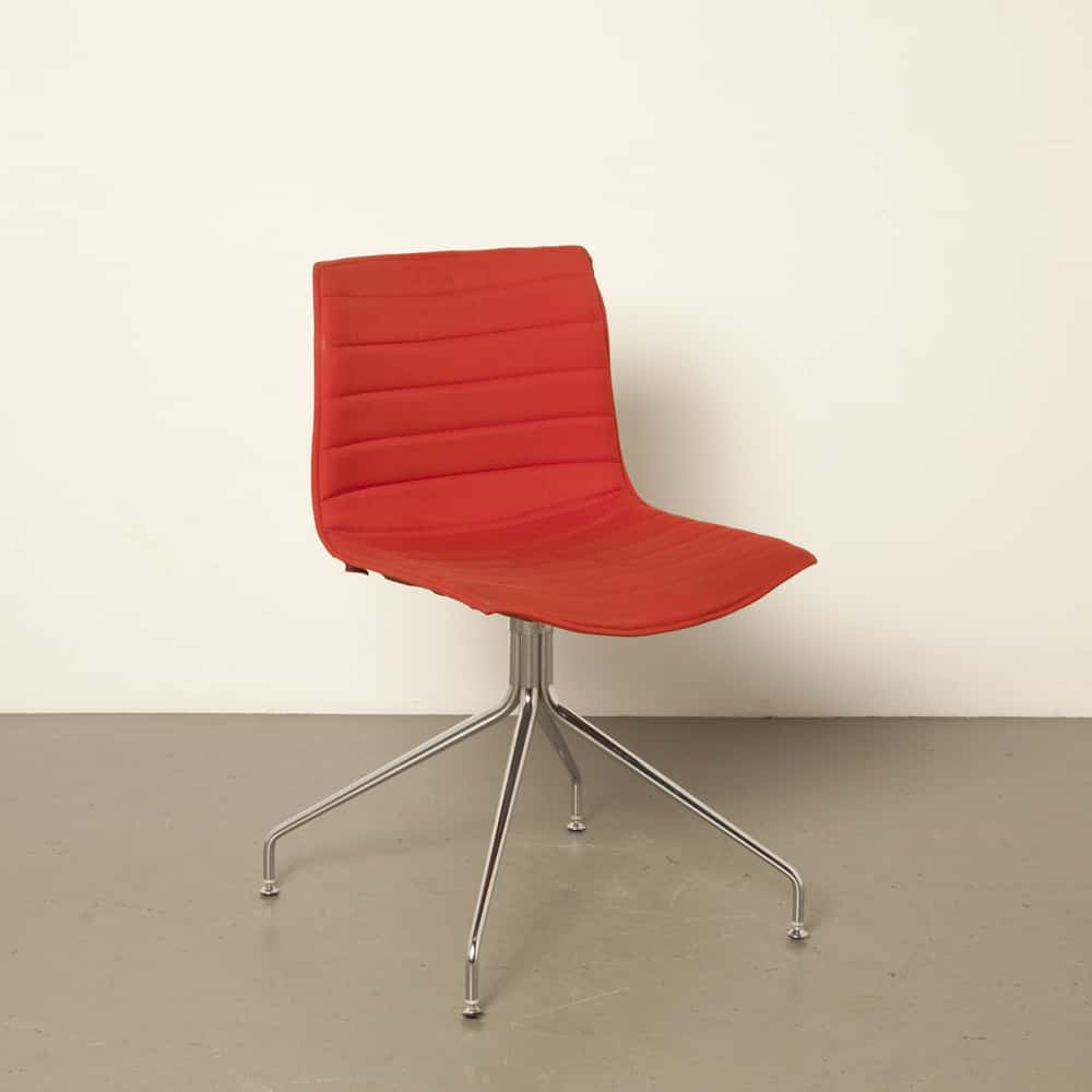 Arper Catifa 46 Cross Base chair chrome Italy Studio Lievore Altherr Molina dining room conference design secondhand stackable Italian modern 00s 2000s Noughties