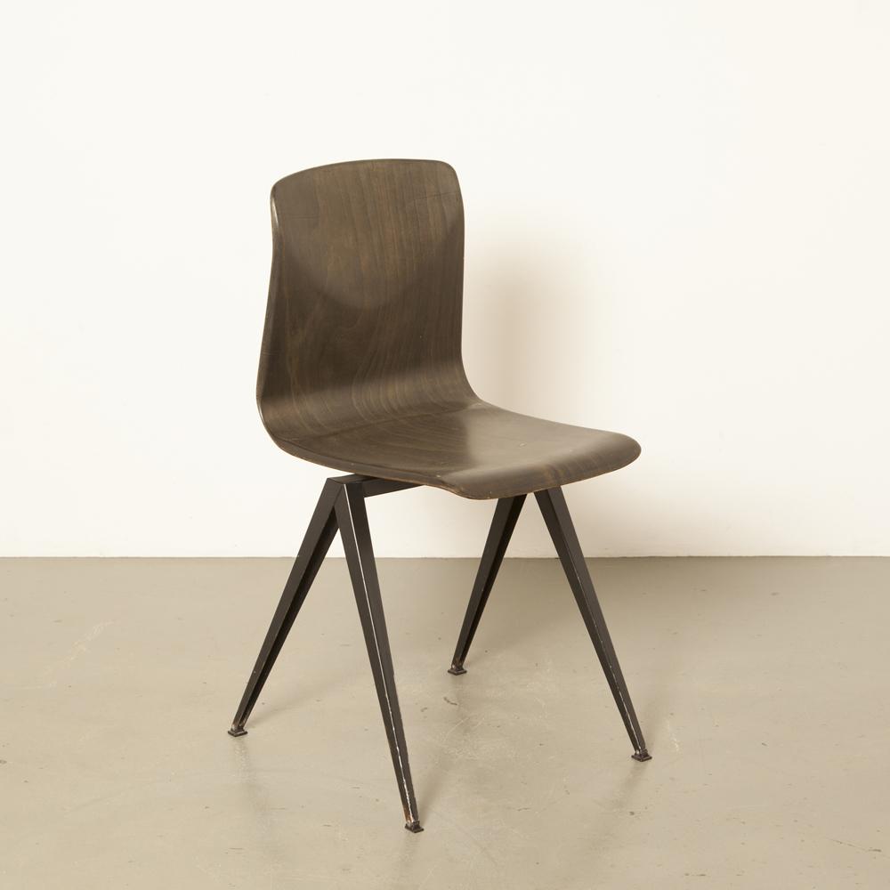 S19 Thur-Op-Seat chaise d'école Galvanitas S.19 pieds de boussole cadre en tôle d'acier pagholz PAG bois Pagwood design hollandais industriel des années 1960 des années soixante vintage rétro Thurop