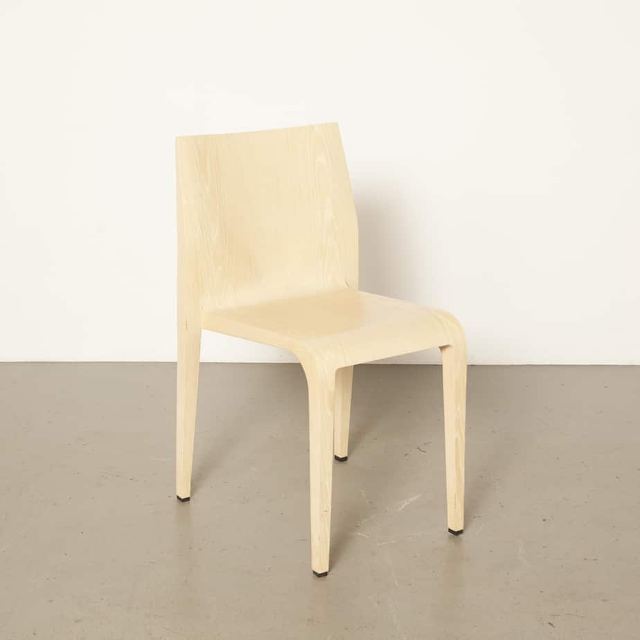 Laleggera chair white oak whitewashed Riccardo Blumer Alias Italy Injection-moulded polyurethane frame veneered simple elegance very light weight 1990s Italian modern nineties 90s