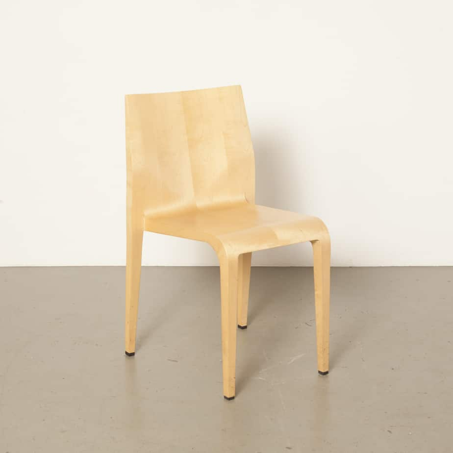 Laleggera chair maple Riccardo Blumer Alias Italy Injection-moulded polyurethane frame veneered simple elegance very light weight 1990s Italian modern nineties 90s