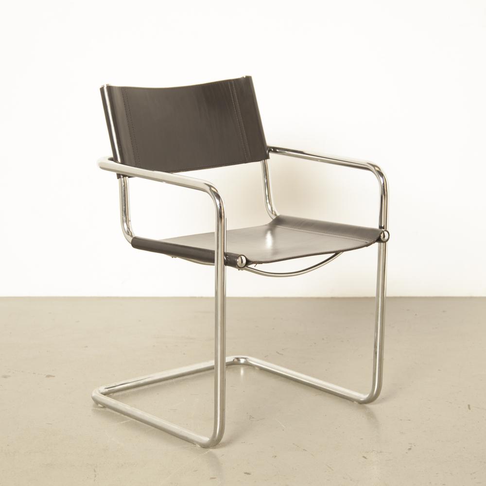 MG5 chaise Marcel Breuer Mart Stam Matteo Grassi Italiy accoudoir chrome tubulaire flottant cantilever noir épais selle en cuir Bauhaus des années 1920 vintage rétro design classique années vingt