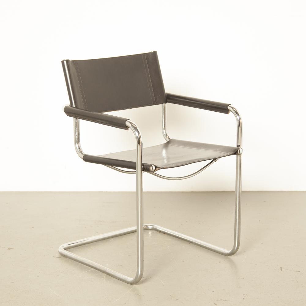 MG5-chaise-Marcel-Breuer-Mart-Stam-JOX-Interni-Italiy-accoudoir-chrome-tubulaire-flottant-cantilever-noir-épais-cuir-selle-Bauhaus-1920-vintage-retro-design-classic-twenties
