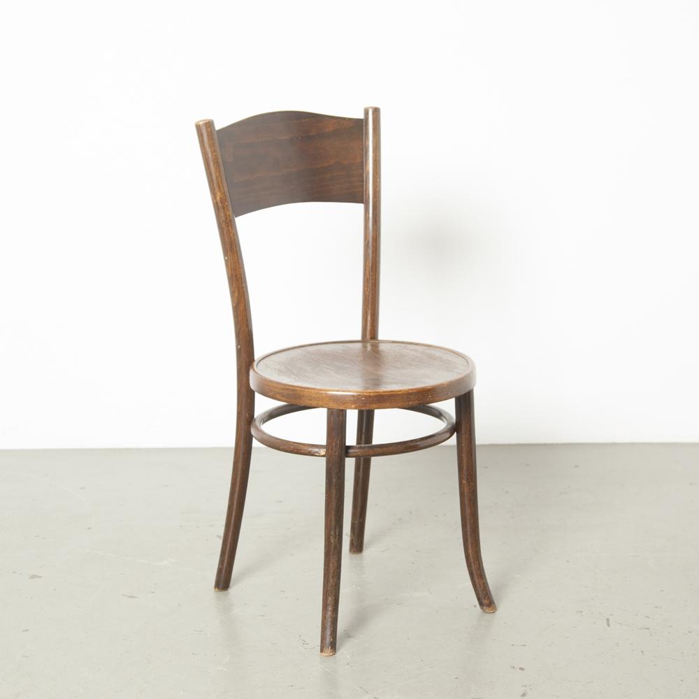 Cosmos café cadeira licença Thonet bistrô marrom preto no vapor curvado curvado madeira faia quadro assento encosto contraplacado pátina Polônia design clássico vintage retro antigo brocante