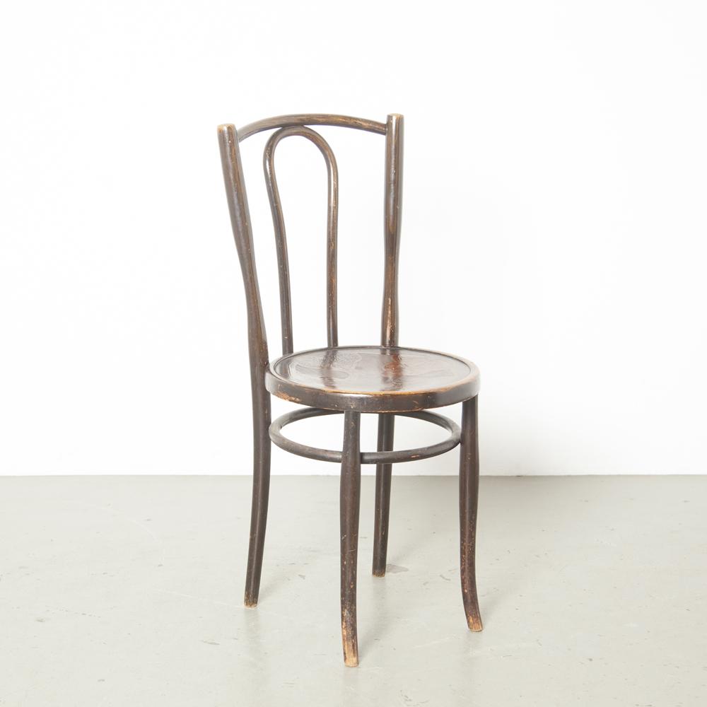 Thonet modelo 56 cadeira de café bistrô marrom preto no vapor curvado curvado madeira faia assento madeira compensada em relevo relevo patina design clássico vintage retro antigo brocante