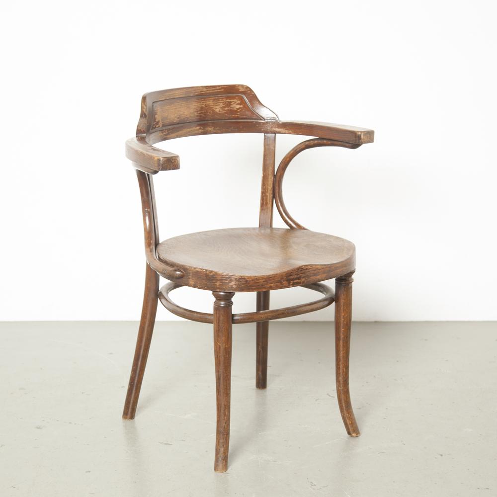 Poltrona Thonet 233 banqueiros cadeira de café bistrô no vapor curvado curvo madeira de faia assento moldado madeira compensada pátina marrom design clássico vintage retro antigo brocante original