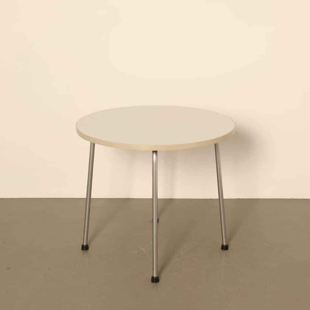 Ahrend de Cirkel side table 1965