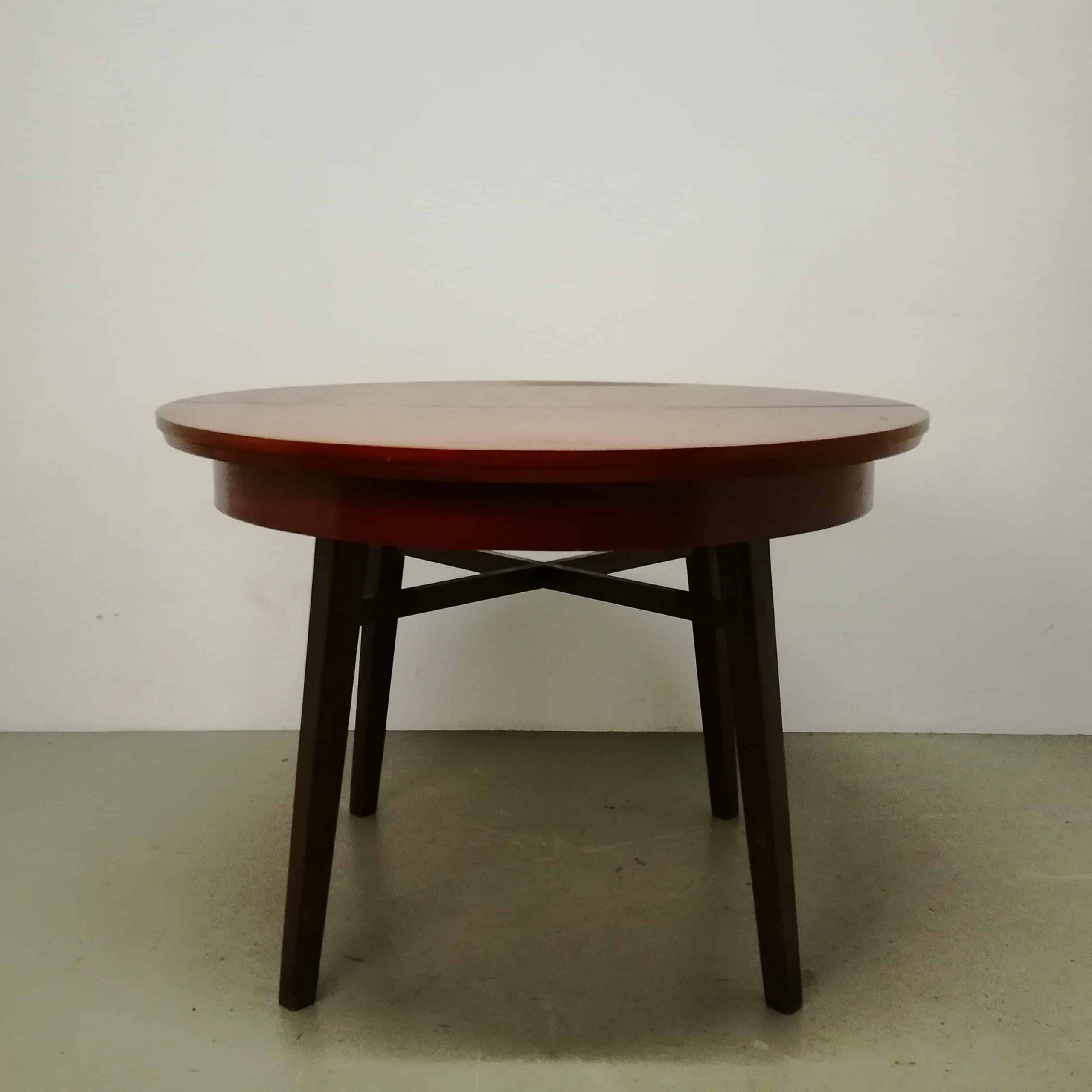 table-dining-room-round-extendable-extendable-cross-frame-dutch-teak-wood-dark-brown-red