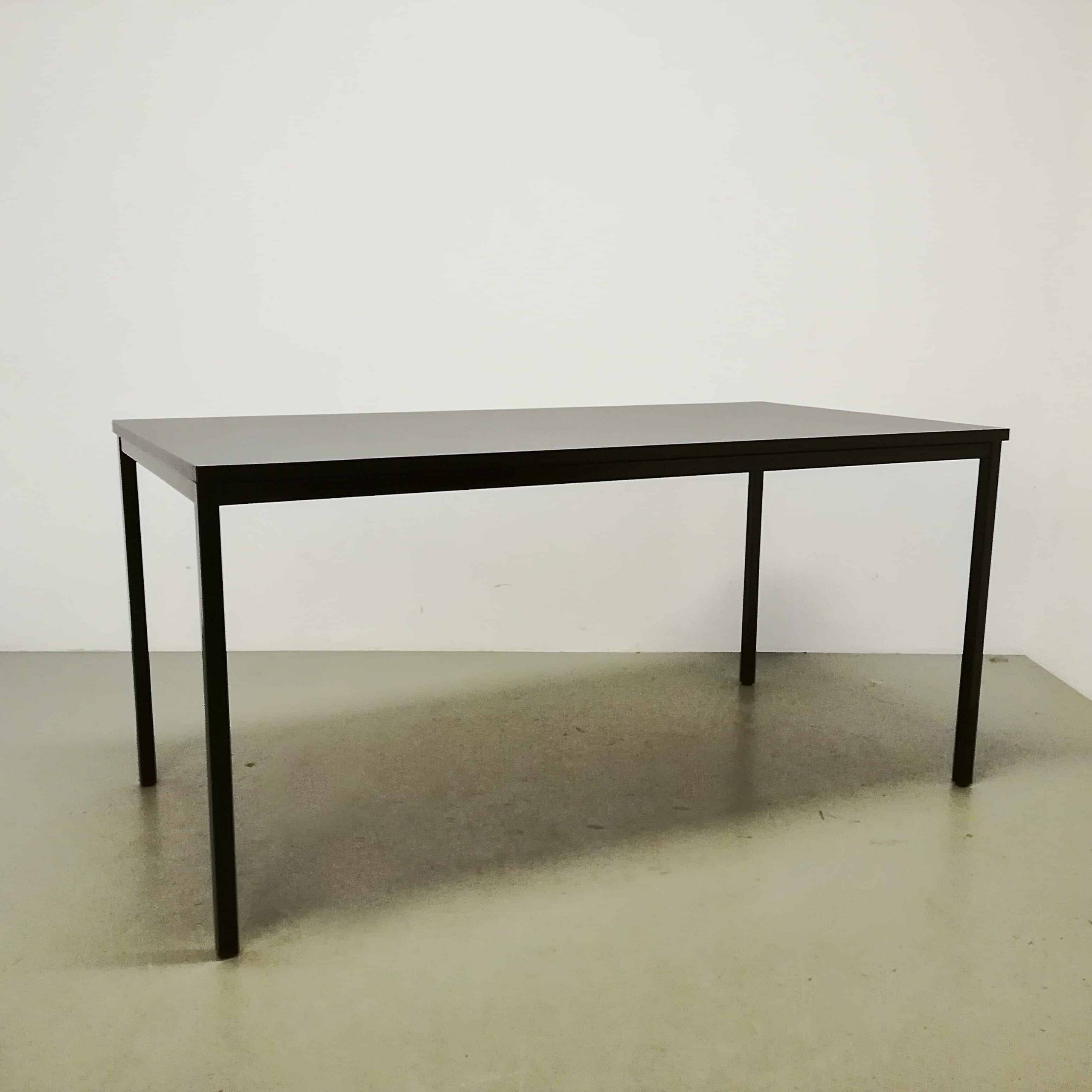 table-table-a-manger-bureau-table-de-travail-noir-metal-bois-placage-serré-simple