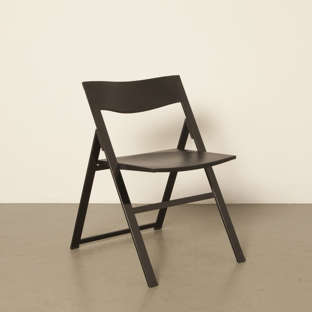 Tecno P08 Kolberg black on black folding chair