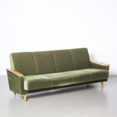 Sofá-cama verde 12