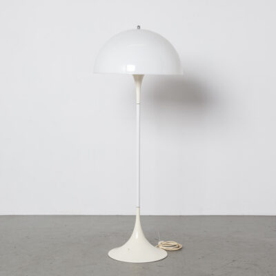 Panthella lampada da terra 28715 Verner Panton Louis Poulsen 10
