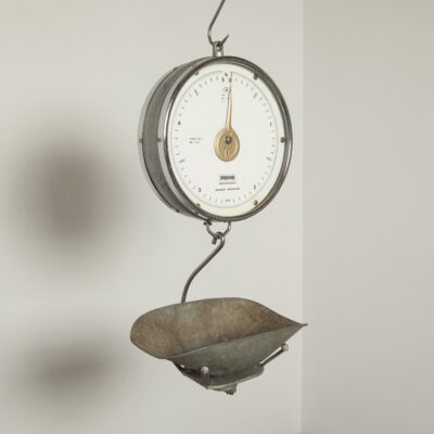 small hanging scale Ligt Prior 11