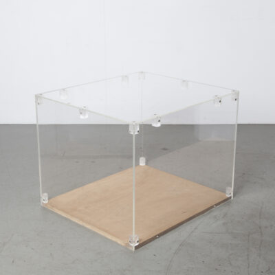 Plexiglass display case 10