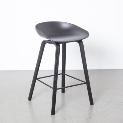 About A Stool AAS32 Hee Welling HAY black 12
