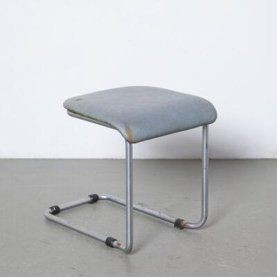 Уникальный редкий ранний консольный стул из трубчатой стали, никелированный кожзаменитель, хокер, патина, ржавчина, баухаус, Mart Stam Gispen, винтажный табурет в стиле ретро, пуфская подставка для ног, модерн середины века, модерн, никелированный, хромированный