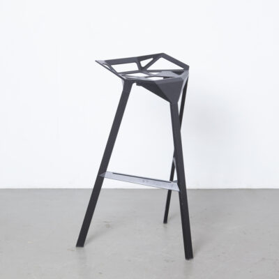 Stool_One XL Konstantin Grcic Magis Italy black anodized aluminum stacking outdoor DarthVader barstool die-cast contemporary modern design secondhand chair seat