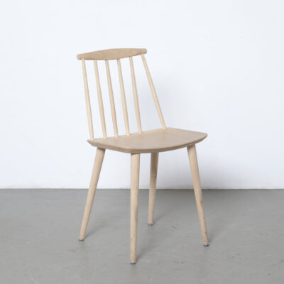 J77 dining chair Folke Pålsson HAY Denmark Nature beech Windsor inspired wide seat curved spindle back FDB furniture design studio plywood classic simplicity functional design industrial vintage retro mid-century modern