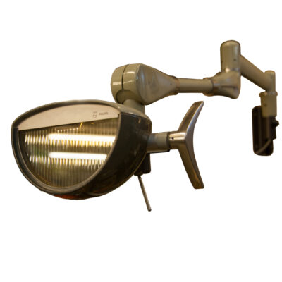 Philips Dental Light lamp dentist Dentistry swing arm wall mount bracket steel very flexible moveable hydraulic articulated overhead Laboratory operation reading Industrial surgical original glass lenses toggle switch 1980s eighties vintage retro