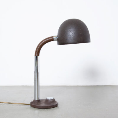 -Lámpara-de-escritorio-Egon-Hillebrand-germany-50s-60s-Mid-Century-vintage-table-brown-metal-chrome-goose-neck-patina