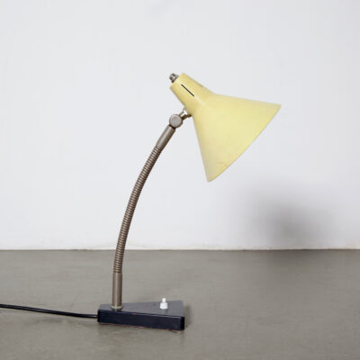 -Desk-Light-H-Busquet-Hala-Zeist- 테이블 램프 -yellow-goose-neck-50s-dutch-design-vintage