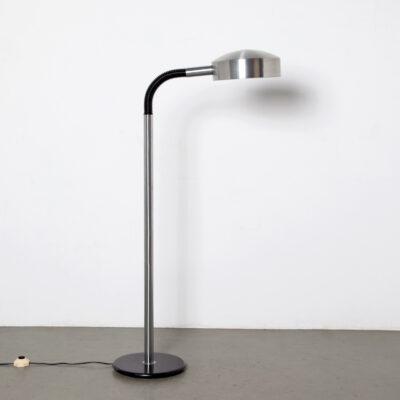 -Helsingiin-Kaasuvalo-floor-lamp-60s-Finland-stainless-steel-black