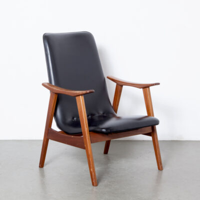 -Louis-van-Teeffelen-Wébé-sillón-lounge-chair-solid-teca-frame-later-model-black-skai-vynil-tapicería-vintage-retro-dutch-design-50s-60s