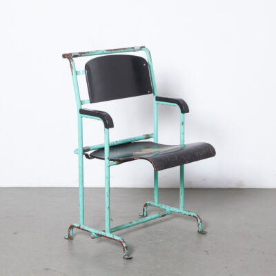 Hopmi chair tip-up-seat Gerrit Rietveld theater cinema Vreeburg Remonstrantse church HM Mertens UMS bent plywood metal tube frame chrome Torpedo nut/bolt assemble disassemble red black vintage retro bauhaus mid-century modern 1930s thirties shaped curved spring loaded Pastoe
