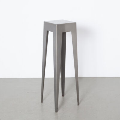 Nel Verschuuren Schouwburg Amstelveen Standing Bar Table Joosten Projecten folded heavy gauge sheet steel clear coat gun metal silver sturdy minimalistic modern splayed legs custom made not commercially available heavy duty built to last solid stable made-to-order exclusive architect designed