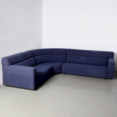 -model-1110-corner-sofa-Jan-des-Bouvrie-Gelderland-daphne-302-dark-blue-seating-elements- 네덜란드