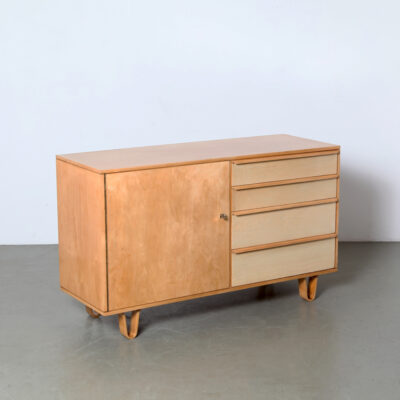 -DB01-Sideboard-Cees-Braakman-Pastoe-vintage-model-veneer-key-birch-plywood-50s-vintage-dutch-design