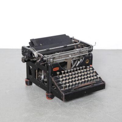 -Olivetti-Ivrea-máquina de escribir-grijpink-s-gravenhage-30s-vintage-antique-industrial-italy-Camillo
