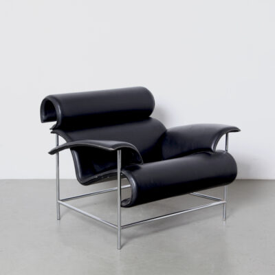-Postmodern-Armchair-black-chrome-leather-80s-tubular-unique-lounge-chair