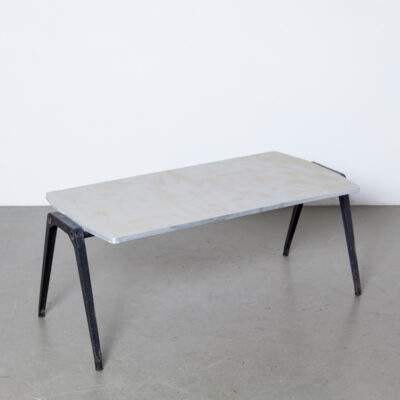 Reform Revolt Coffee Table Friso Kramer Ahrend De Cirkel linoleum plywood top aluminum edge black folded sheetmetal frame legs patina 50s 1950s fifties vintage retro industrial Dutch design Mid-century modern Netherlands